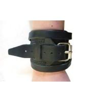 Напульсник на руку кожаный, спортивный (фиксатор для запястья, кисти) Onhillsport Standart (OS-0322)