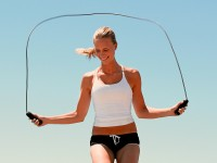 Как выбрать скакалку для тренировок и похудения
