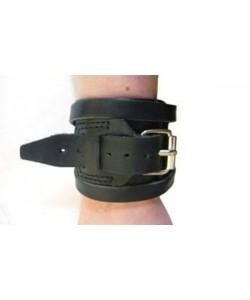 Напульсник на руку кожаный, спортивный (фиксатор для запястья, кисти) OnhillSport Standart